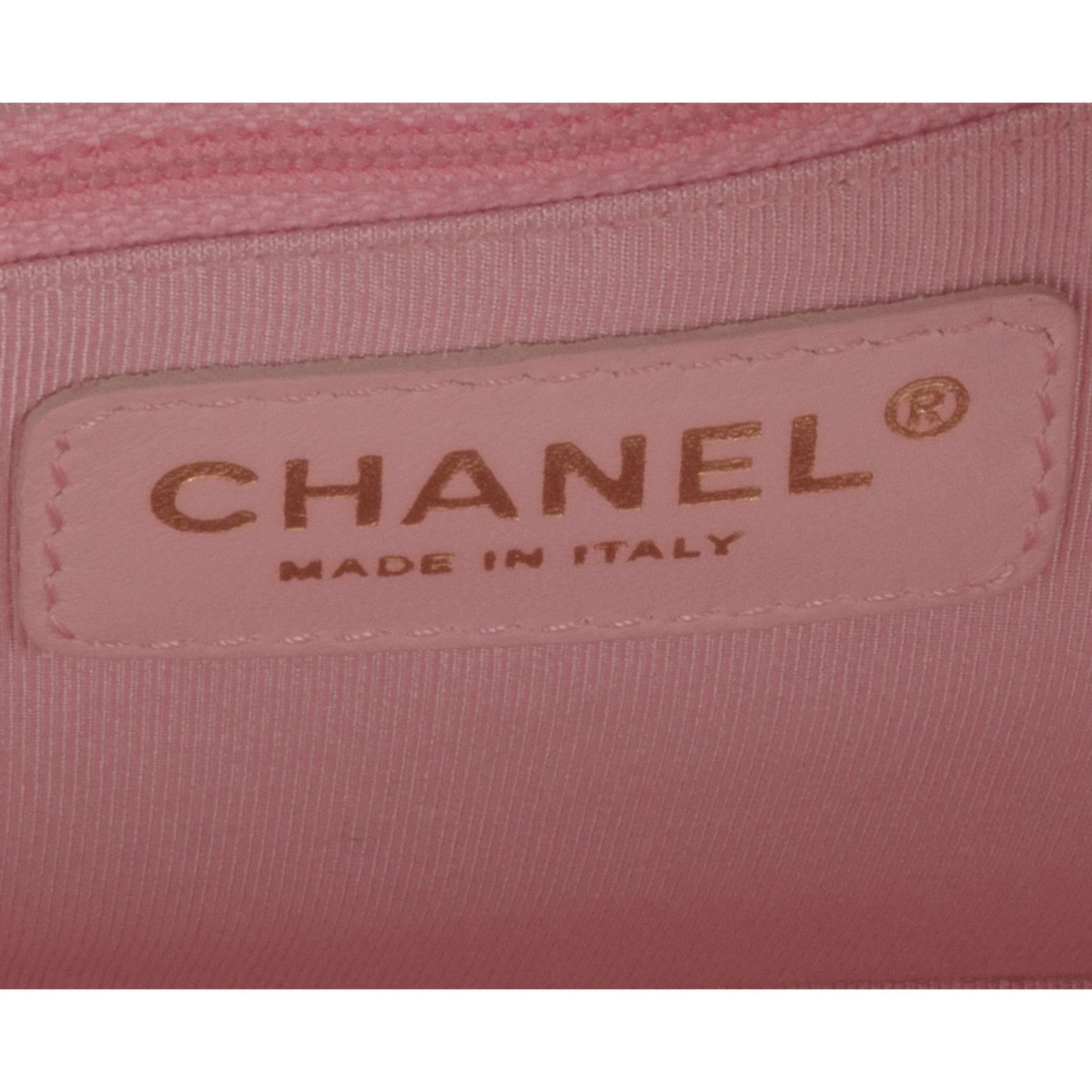 6991ba9ad Bolsa Chanel Caviar Bowler | Box de Grife